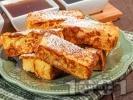 Рецепта Пържени филийки на пръчици с яйца, кисело мляко и сода (бакпулвер